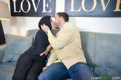 Angel Del Rey - Tiny Muslim Teen Lives The Anal Dream (Thumb 72)
