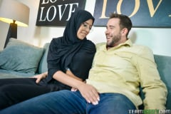 Angel Del Rey - Tiny Muslim Teen Lives The Anal Dream (Thumb 84)
