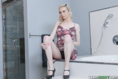 Lexi Lore - The Bracefaced Hook Up (Thumb 28)