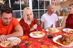 Sierra Nicole - Spanksgiving With The Family (Thumb 48)