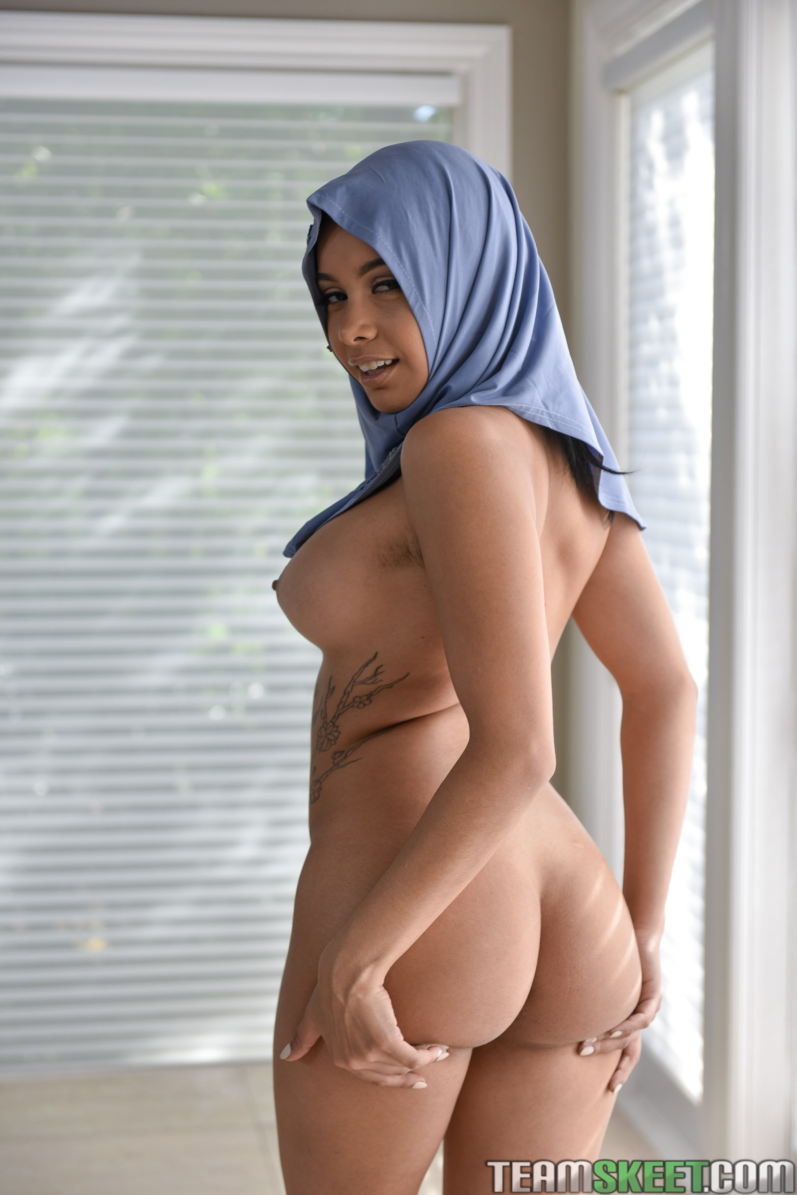 Team Skeet 'Teenage Anal In Her Hijab' starring Aaliyah Hadid (Photo 48)
