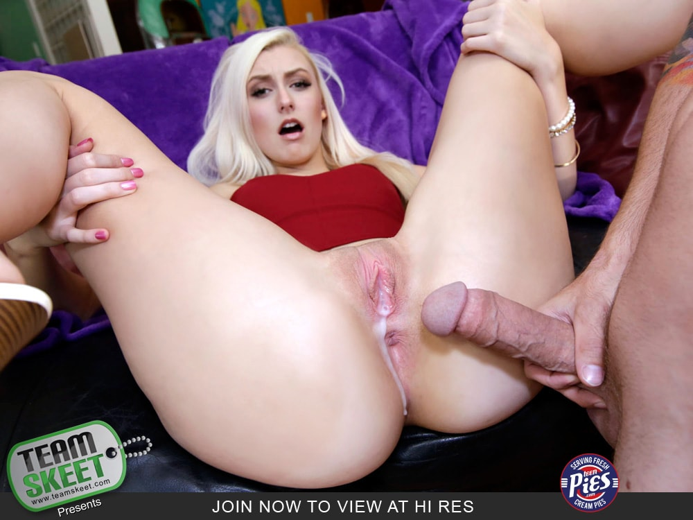 Blowing a seriously beautiful straight bbc 8