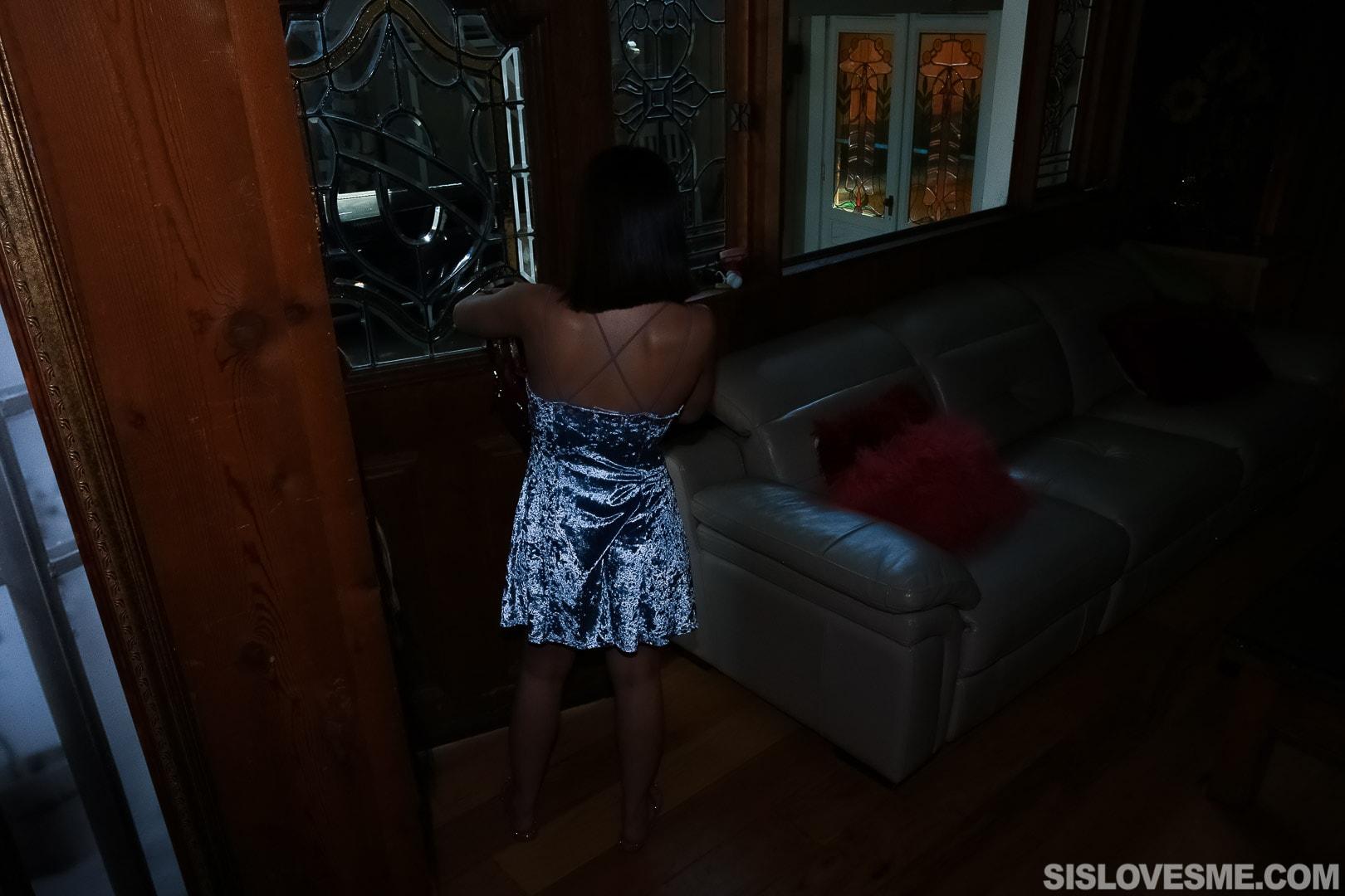 Team Skeet 'Stepsis Blows My Bullhorn' starring Aria Lee (Photo 1)