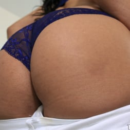 Bethany Benz in 'Team Skeet' The Luber Driver (Thumbnail 60)
