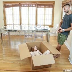 Briar Rose in 'Team Skeet' Unpacking A Petite (Thumbnail 30)