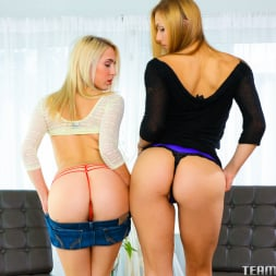 Cadence Lux in 'Team Skeet' Babysit on this dick (Thumbnail 14)
