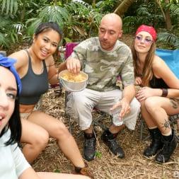 Camping in 'Team Skeet' Camping (Thumbnail 198)