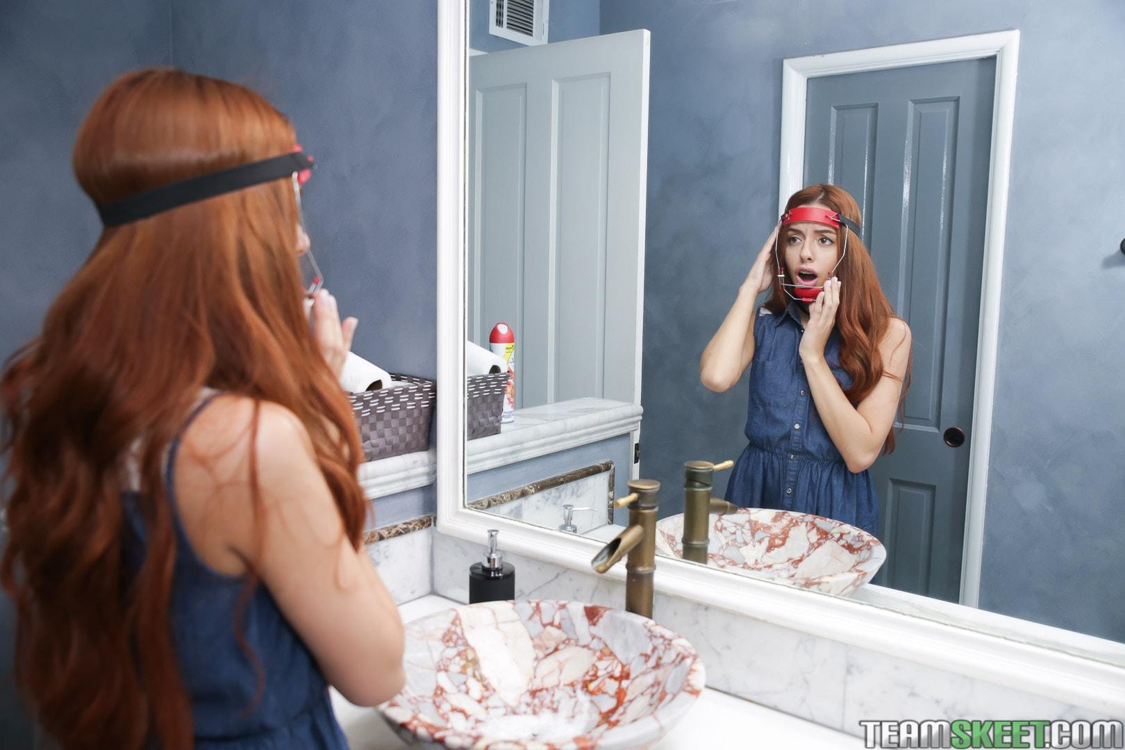 Team Skeet 'The Headgear Hottie' starring Cleo Bardot (Photo 26)