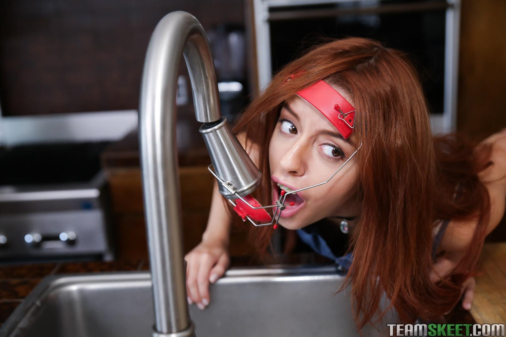 Team Skeet 'The Headgear Hottie' starring Cleo Bardot (Photo 65)