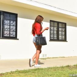 Davina Davis in 'Team Skeet' Bored Babysitter Busting Loose (Thumbnail 8)
