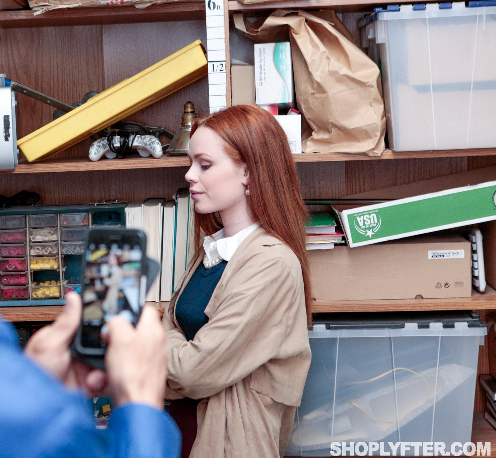 Team Skeet 'Case No. 5144158' starring Ella Hughes (Photo 30)