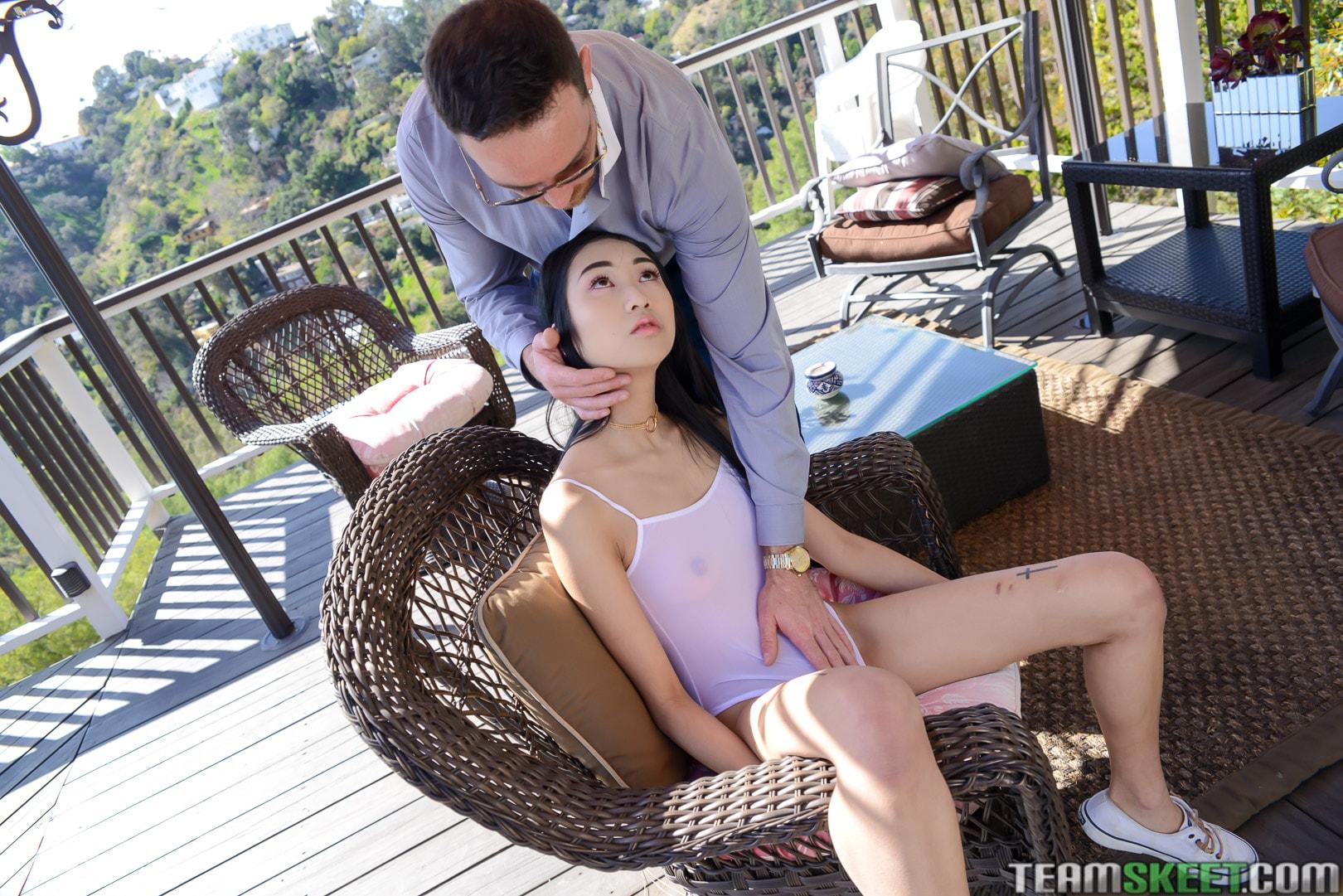Team Skeet 'Wasabi Little Me' starring Eva Yi (Photo 45)