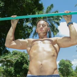 Evelin Stone in 'Team Skeet' Foreign Boy Meets Thirsty Fitness Model (Thumbnail 40)