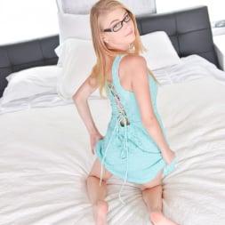 Hannah Hays in 'Team Skeet' Little Girl With Big Responsibilities (Thumbnail 59)