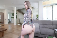 Jayden Black - Ass Cheek Control (Thumb 220)