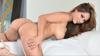 Jill Kassidy in 'Becoming A Man'