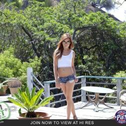 Kaylee Haze in 'Team Skeet' Daddys Girl Gets Filled (Thumbnail 1)