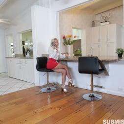 Khloe Kapri in 'Team Skeet' Spanking A Submissive Scammer (Thumbnail 9)