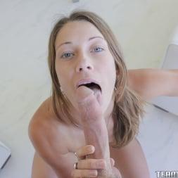 Kirsten Lee in 'Team Skeet' The Beauty Of A BlowJob (Thumbnail 77)