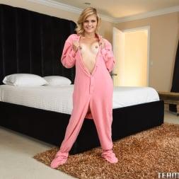 Madison Hart in 'Team Skeet' Petite Plays Hooky (Thumbnail 14)