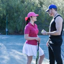Nadya Nabakova in 'Team Skeet' Diabolical Dads Swap Their Ace Daughters (Thumbnail 8)