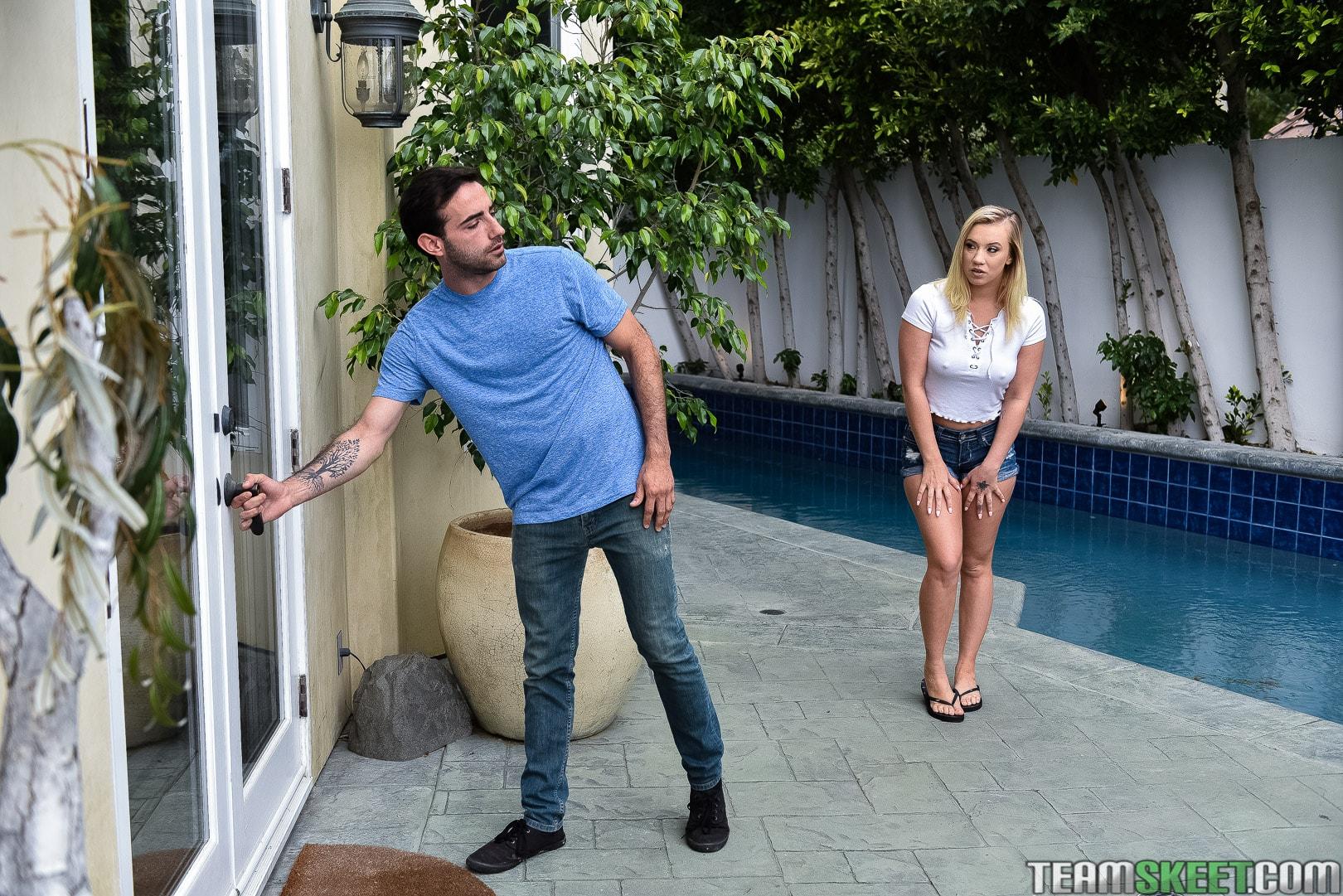 Team Skeet 'Stop Looking At Stepmoms Ass!' starring Natasha Starr (Photo 17)