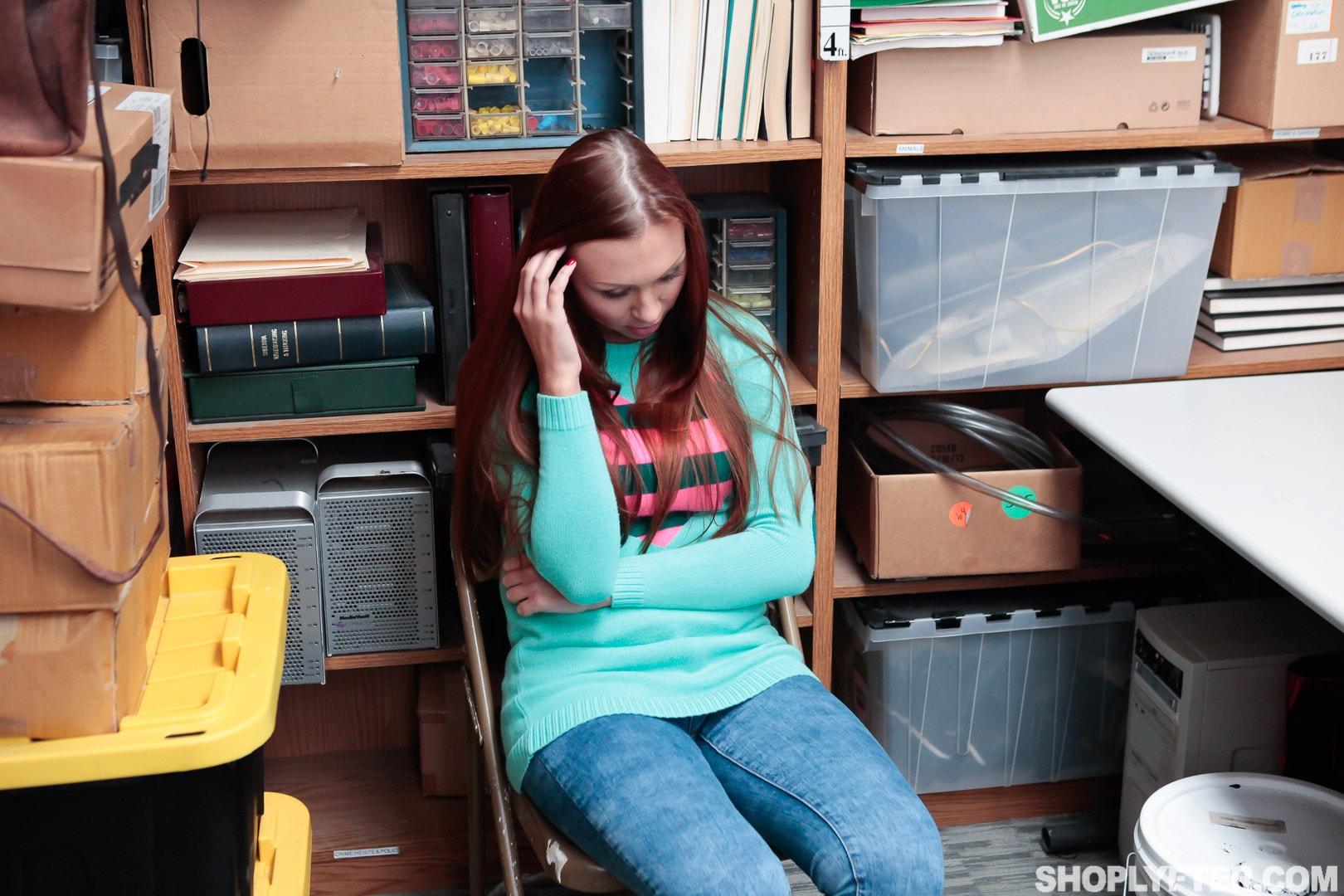 Team Skeet 'Case No. 3635587' starring Ornella Morgan (Photo 2)