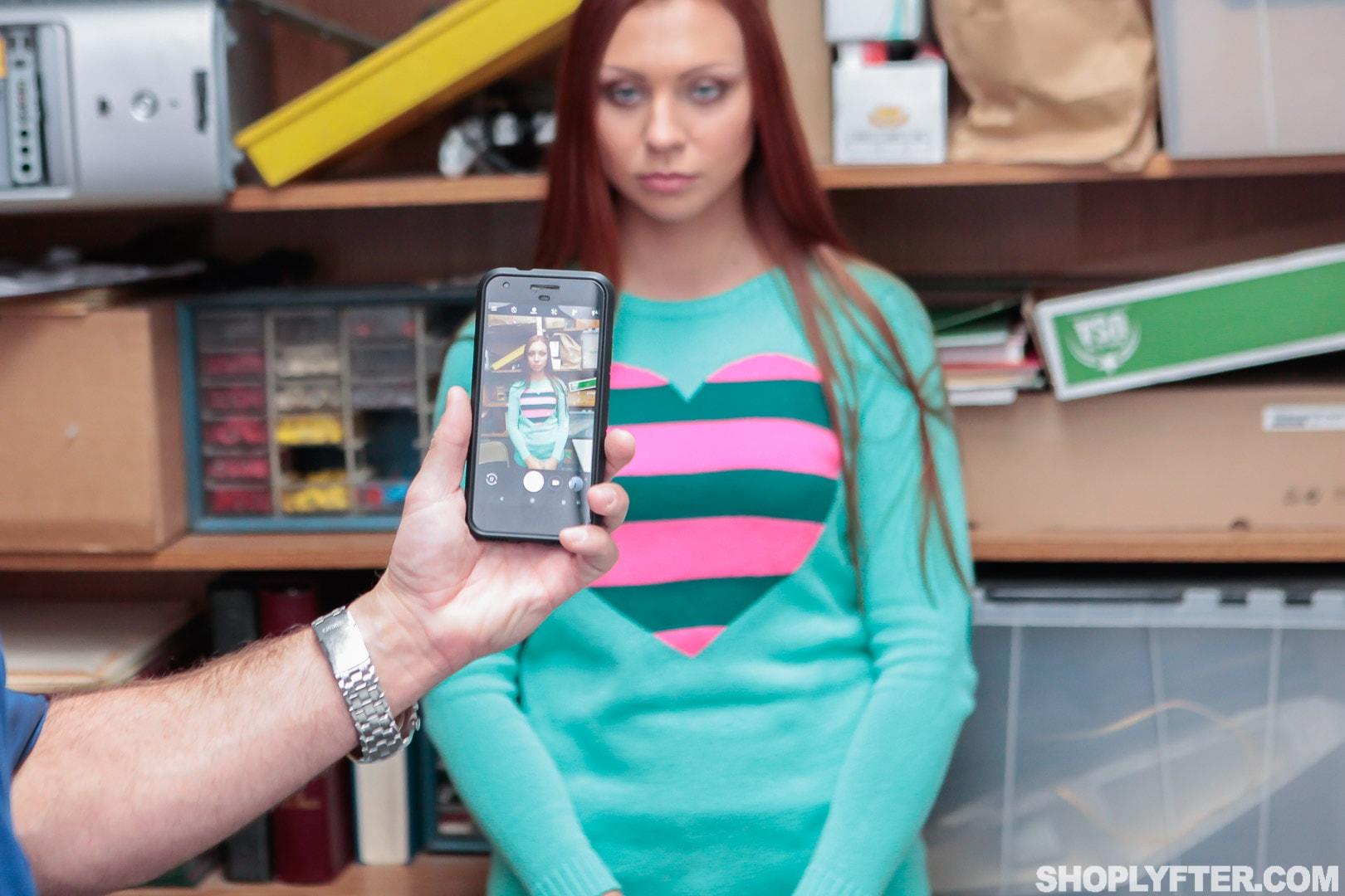 Team Skeet 'Case No. 3635587' starring Ornella Morgan (Photo 12)
