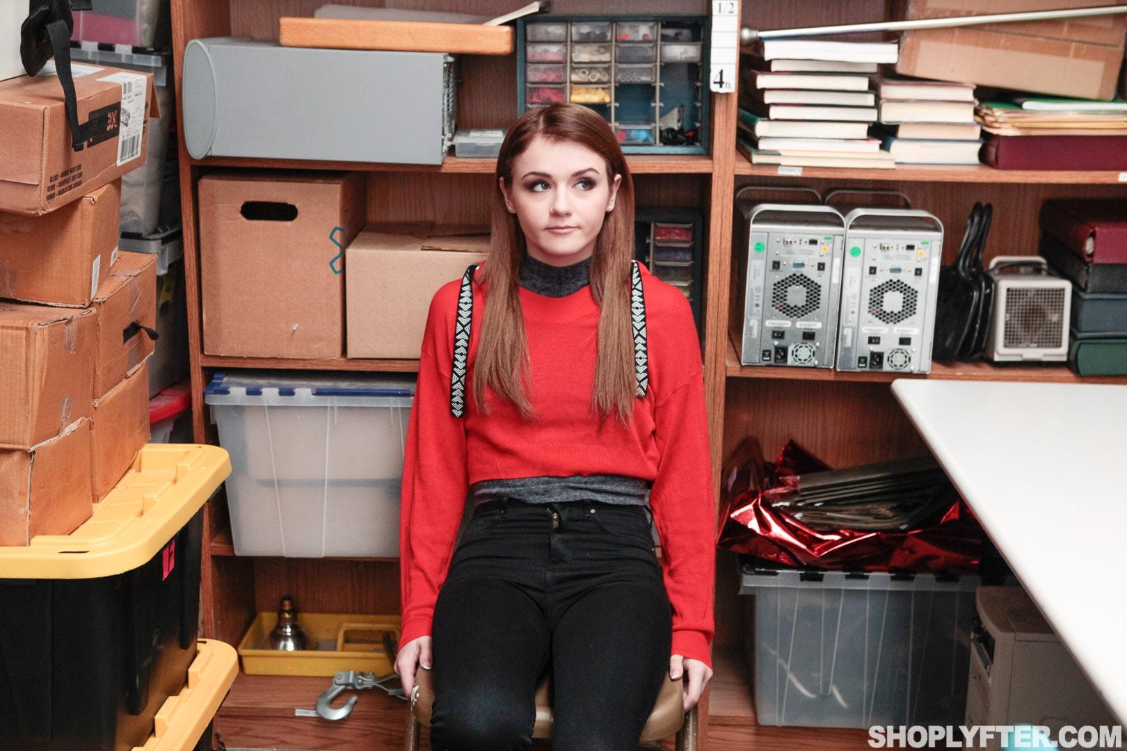 Team Skeet 'Case No. 2463827' starring Rosalyn Sphinx (Photo 1)