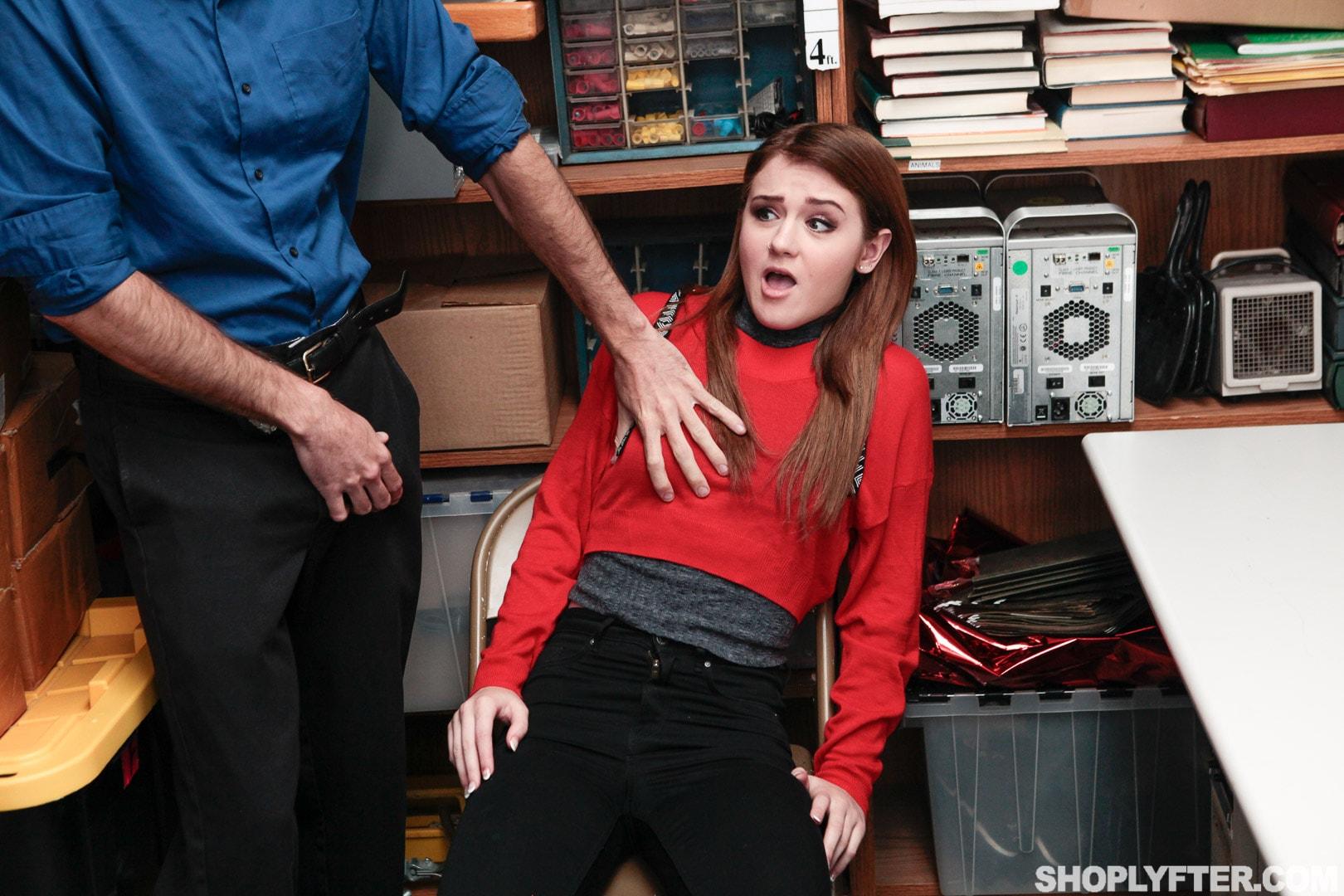Team Skeet 'Case No. 2463827' starring Rosalyn Sphinx (Photo 9)