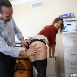 Shyla Ryder in 'Team Skeet' Staying Pure For Her Boyfriend (Thumbnail 15)
