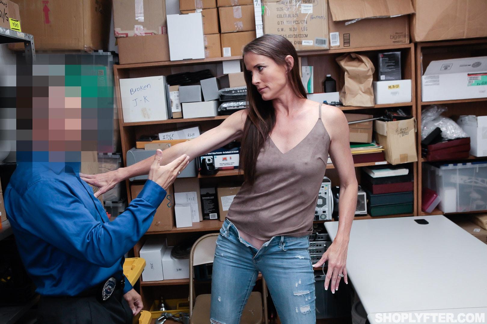 Team Skeet 'Case No. 4185156' starring Sofie Marie (Photo 42)