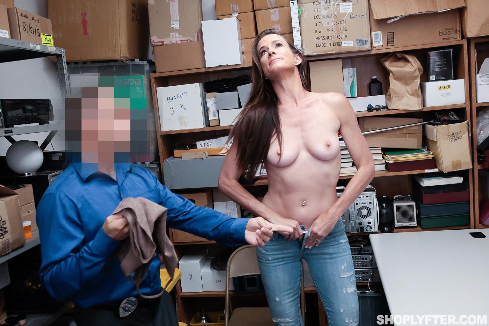 Team Skeet 'Case No. 4185156' starring Sofie Marie (Photo 48)