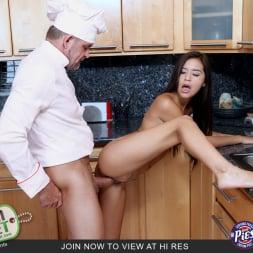 Zaya Cassidy in 'Team Skeet' Stuffed With Cum (Thumbnail 4)